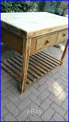 4 drawer Vintage farmhouse Rustic Kitchen Island, Workbench, Butcher's Block