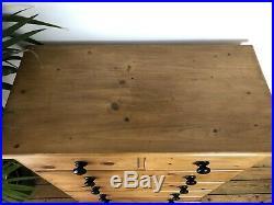 Wonderful Vintage Old Pine Chest Of Drawers / Sideboard/ Dresser